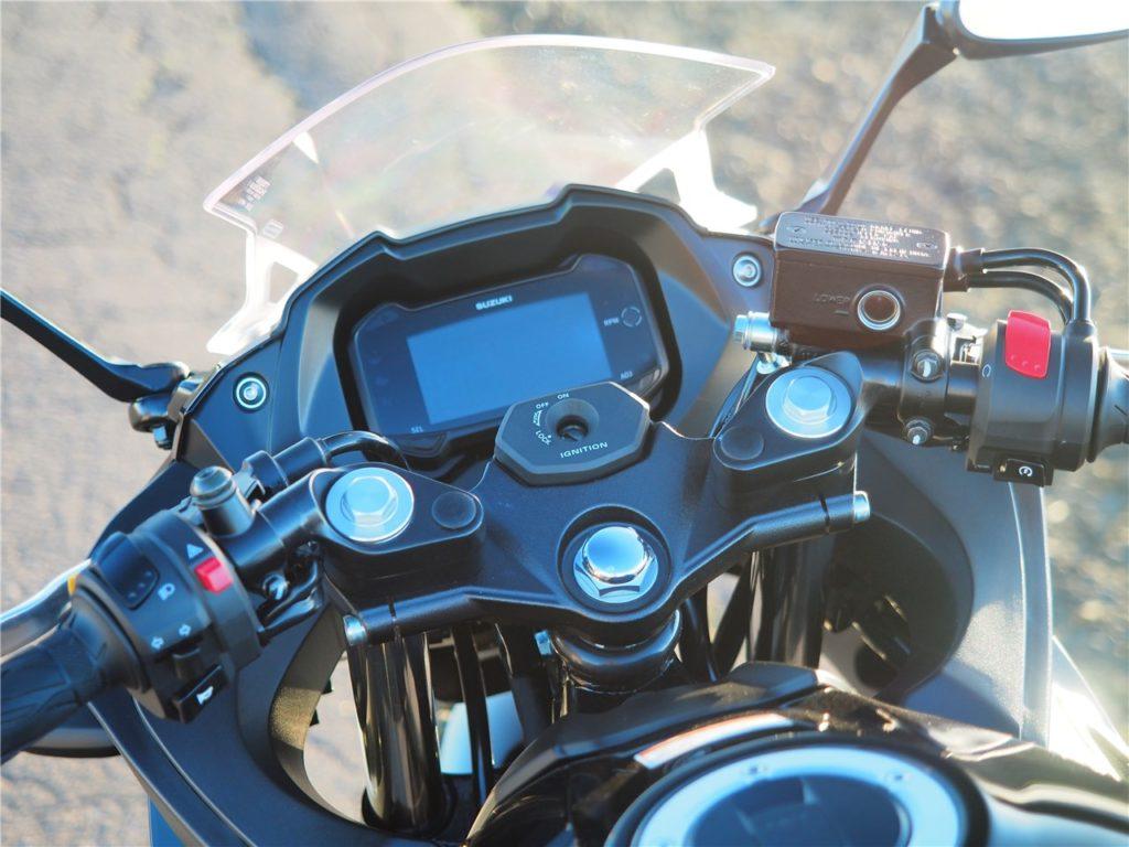 GSX250Rハンドルまわり