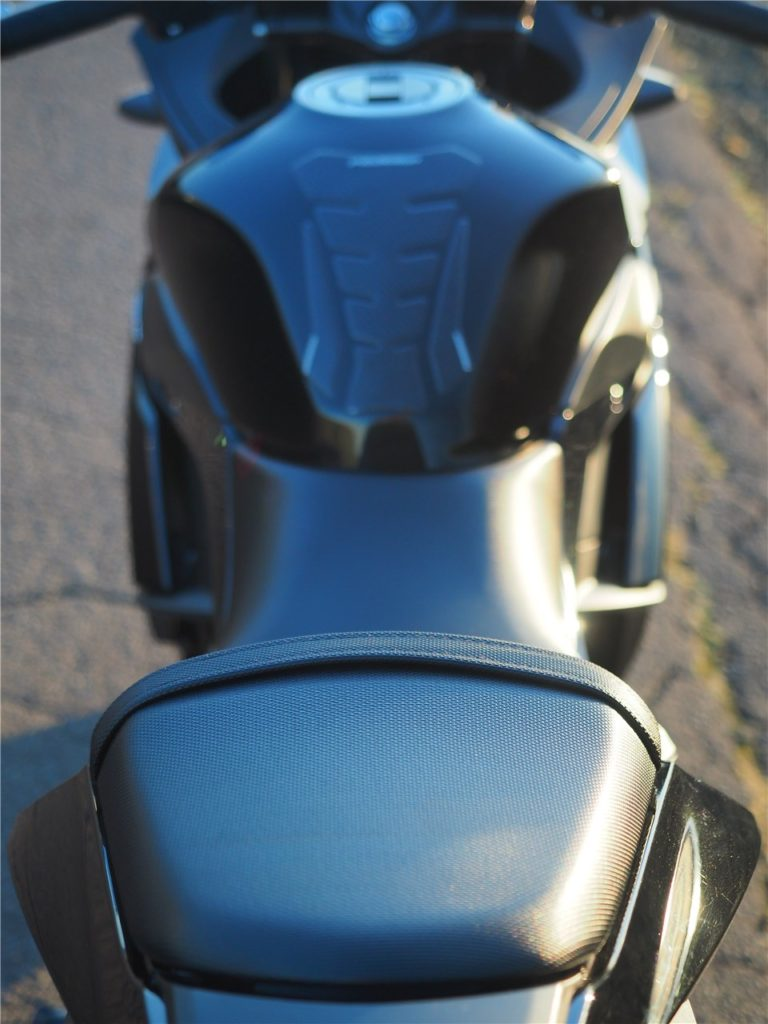 GSX250シート
