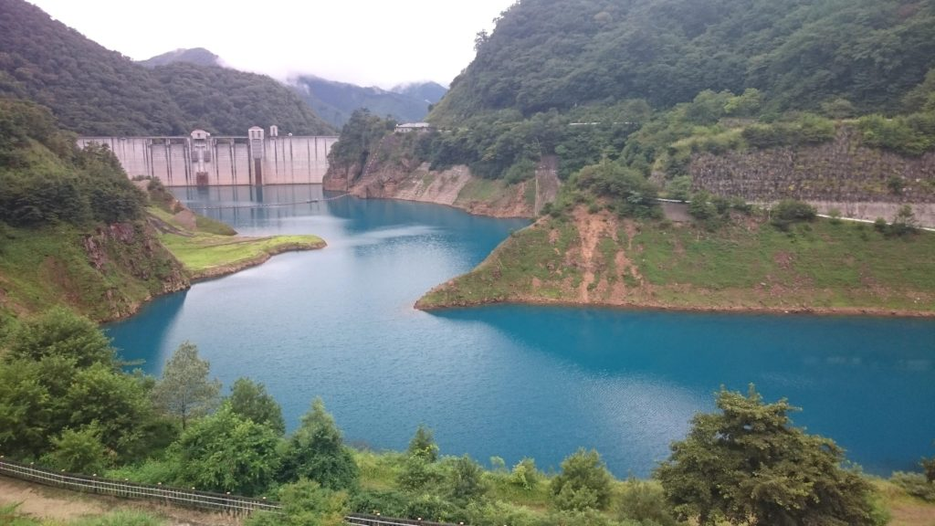 【群馬の風景】いなつつみせせらぎ公園から見る四万川ダムがいい感じでした!…もっと評価されるべき!