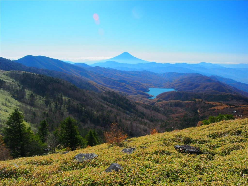 【山梨の絶景】大菩薩嶺(峠)からの景色は素晴らしい。