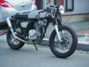 【バイク】汎用カフェタンクと汎用カフェシートで汎用カフェレーサーを作ってみた(GN125)