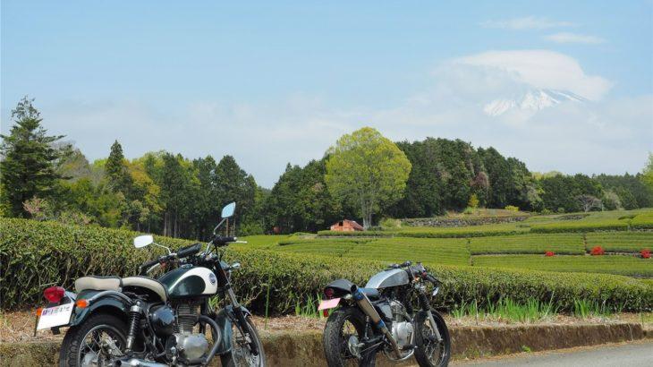 バイクと茶畑と富士山