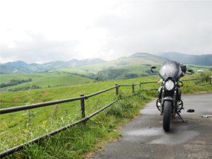 【バイク】ツーリングに向くバイクを買うならこの8点をチェック!ツーリング向きバイクの特徴をまとめました