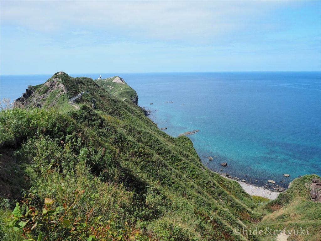 神威岬の門をくぐると1秒で大絶景!