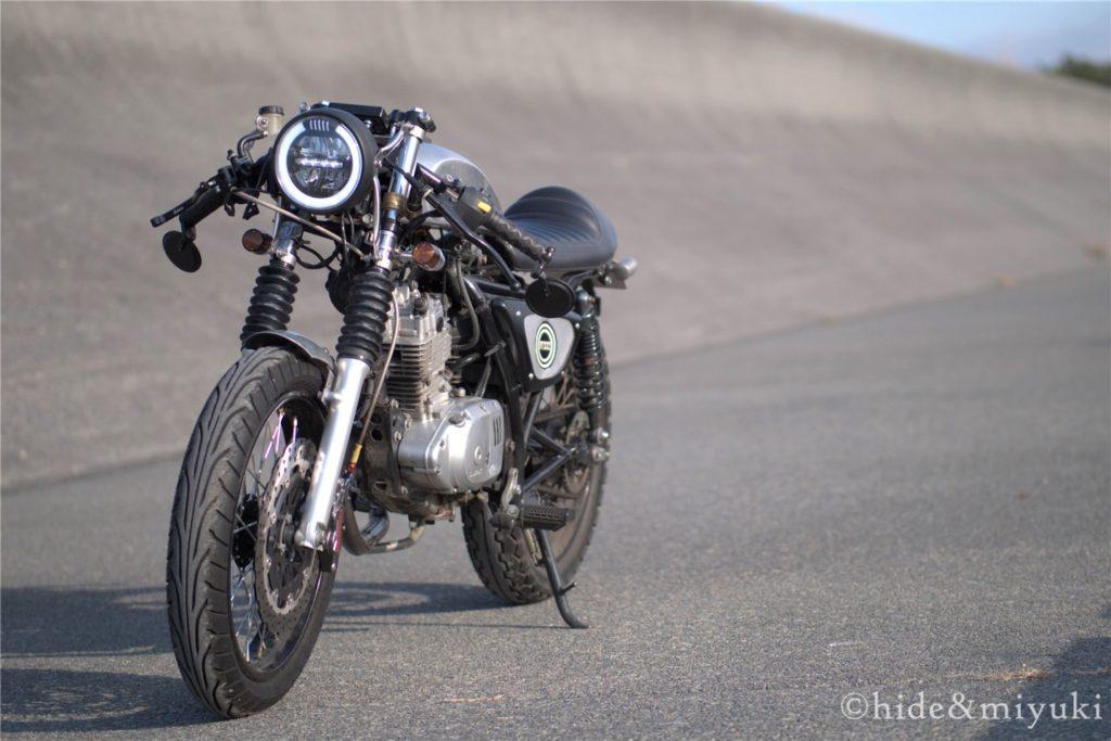 【バイク】カフェレーサーにカスタムすることのデメリット5点!!実際にカフェレーサーカスタムしている男が語ります
